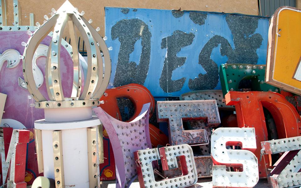 Neon-sign-museum-Las-Vegas